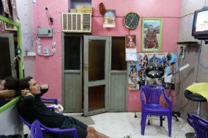 Eingangstür Moudis Salon